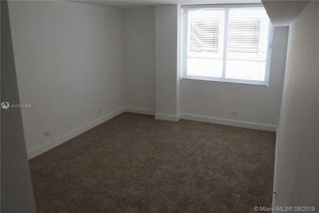 5005 Collins Ave #225 photo019