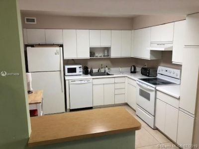 5161 Collins Ave #1510 photo08