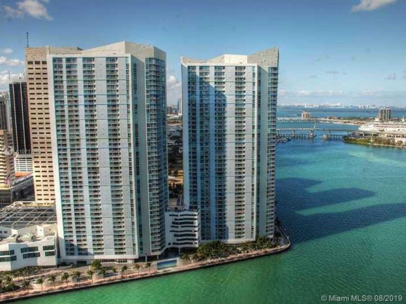 One Miami #4126 photo01