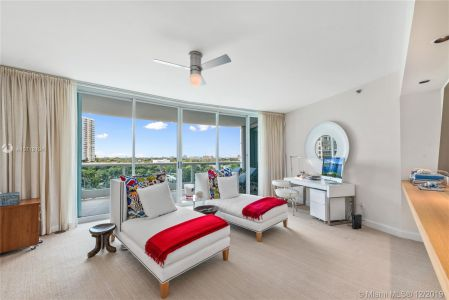 2127 Brickell Ave #1002 photo013