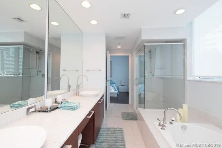 3801 Collins Ave #603 photo014