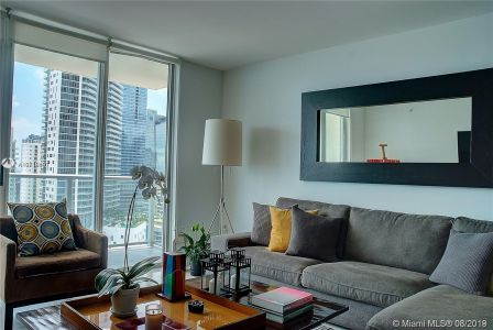 1155 Brickell Bay Dr #2409 photo06