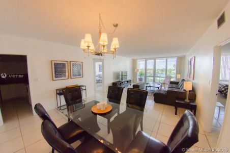 5601 Collins Ave #521 photo024