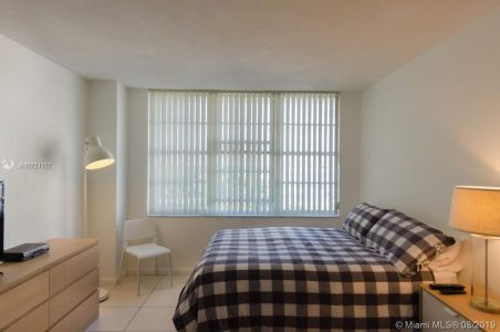 5601 Collins Ave #521 photo05