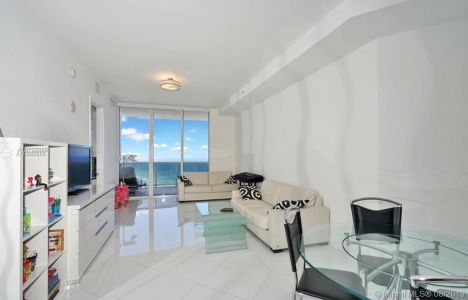 18201 Collins Ave #4802 photo021