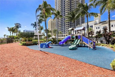 4779 Collins Ave #1205 photo021