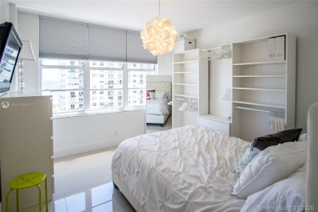 5700 Collins Ave #9A photo013