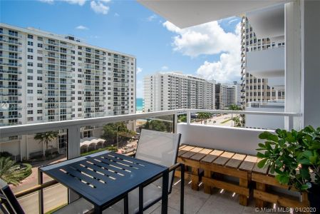 5700 Collins Ave #9A photo018