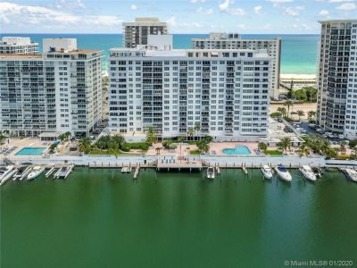 5700 Collins Ave #9A photo026