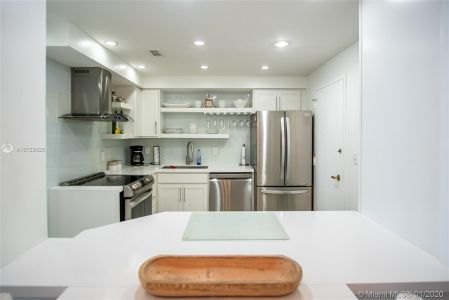 5700 Collins Ave #9A photo05