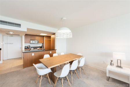 10275 Collins Ave #1524 photo04