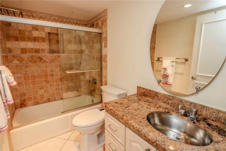 151 Crandon Blvd #304 photo07