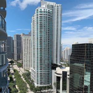 1060 BRICKELL AV #2207 photo02