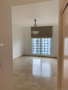 901 Brickell Key Blvd #2702 photo013