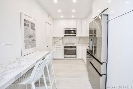 10185 Collins Ave #1221 photo010