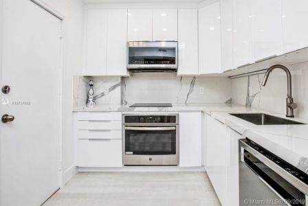 10185 Collins Ave #1221 photo012