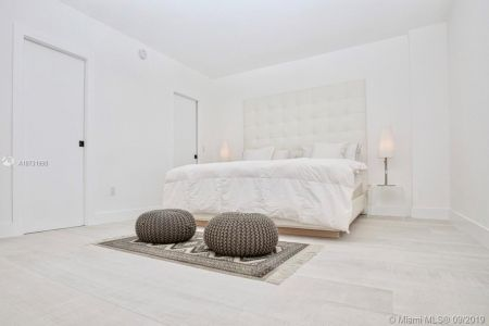 10185 Collins Ave #1221 photo017