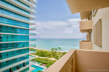 10185 Collins Ave #1221 photo02