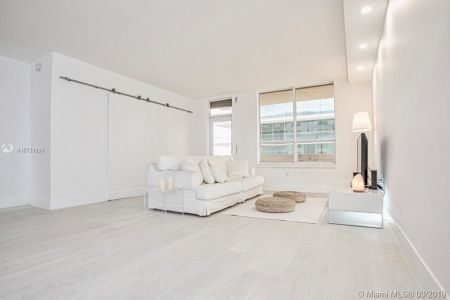 10185 Collins Ave #1221 photo03