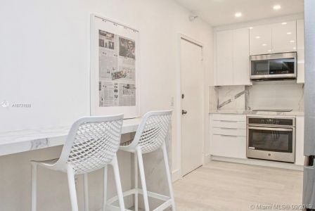 10185 Collins Ave #1221 photo07