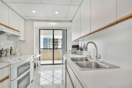 2555 Collins Ave #1700 photo022