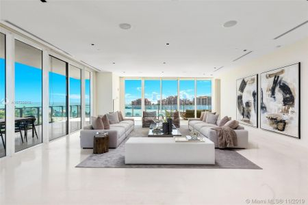 Apogee #801 - 800 S Pointe Dr #801, Miami Beach, FL 33139