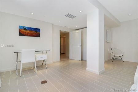 3739 Collins Ave #N-PH photo014