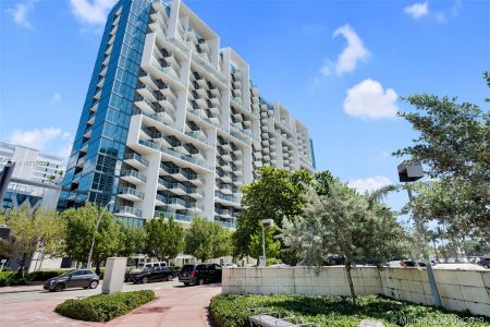 2201 Collins Ave #811 photo025