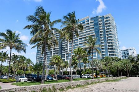 2201 Collins Ave #811 photo028
