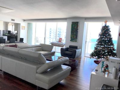 5900 Collins Ave #2004 photo01