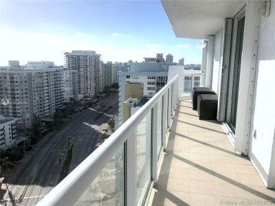5900 Collins Ave #2004 photo028