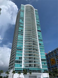 2101 Brickell Ave #407 photo01
