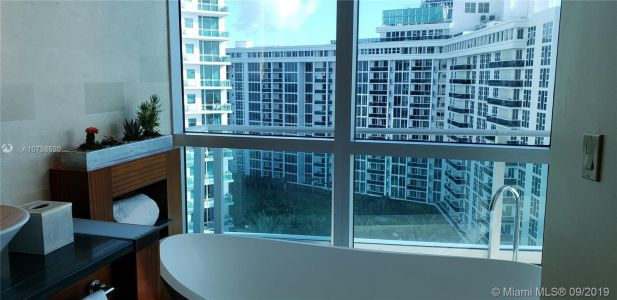 10295 Collins Ave #610 photo050