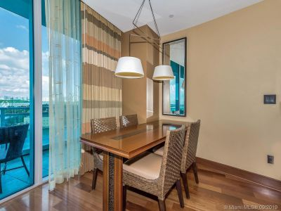 10295 Collins Ave #610 photo08