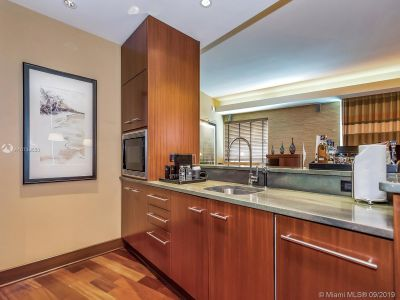 10295 Collins Ave #610 photo09