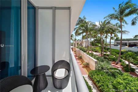 6799 Collins Ave #108 photo08