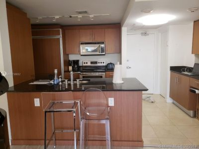 10275 Collins Ave #426 photo010