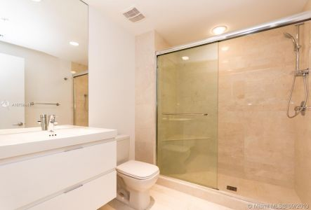 17301 BISCAYNE BLVD #1004 photo05