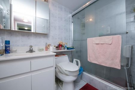5555 Collins Ave #8A photo014