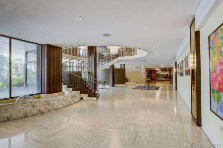 5555 Collins Ave #8A photo06
