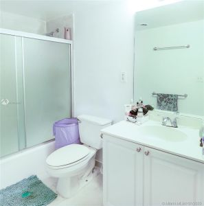 19380 Collins Ave #727 photo026