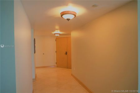 8855 Collins Ave #5J photo027