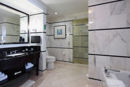 4391 COLLINS AVE #620 photo08