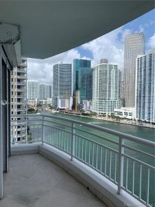 848 Brickell Key Dr #1704 photo01