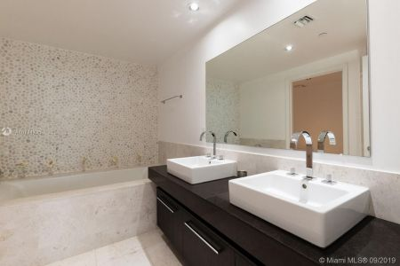 17121 Collins Ave #2804 photo015