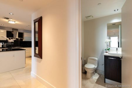 17121 Collins Ave #2804 photo023