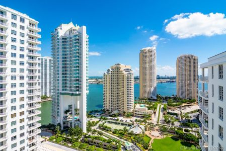 Courvoisier Courts #PH-06 - 701 Brickell Key Blvd #PH-06, Miami, FL 33131