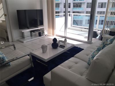 5151 Collins Ave #629 photo02