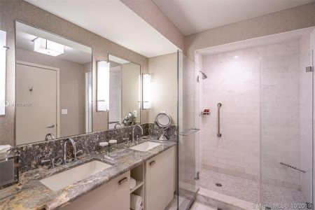 551 N Fort Lauderdale Beach Blvd #1407 photo011