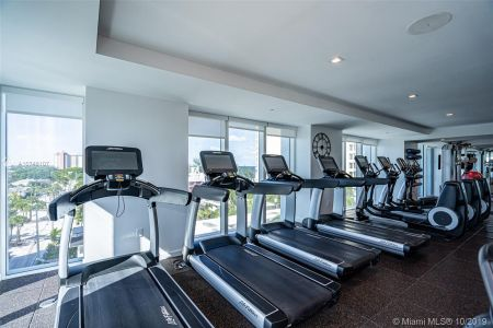 551 N Fort Lauderdale Beach Blvd #1407 photo022